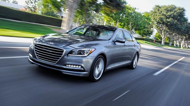 2015 Hyundai Genesis photos