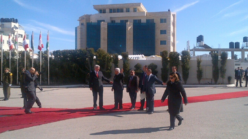Prime Minister Stephen Harper and President Mahmoud Abbas in Ramallah on Monday, Jan. 20, 2014. (Robert Fife / CTV News)