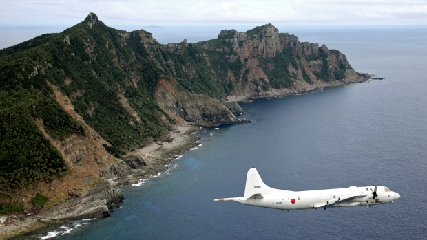 China issues warning to foreign planes