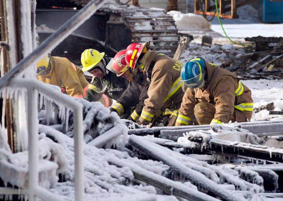 Emergency crews work in L'Isle-Verte