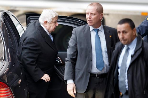 Syria peace talks focus on aid