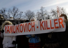 Ukraine protester mourned