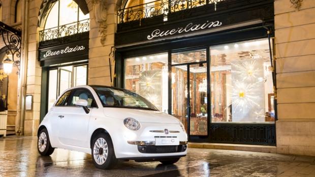 Fiat 500C and 500 La Petite Robe Noire by Guerlain
