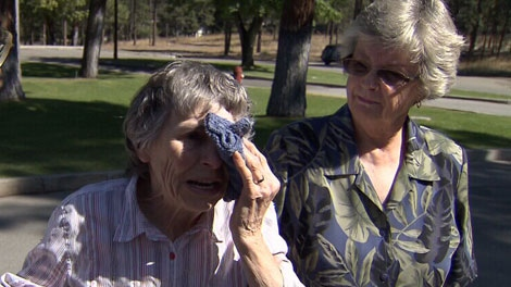 Connie Miller injured her eye gardening, but was turned away from Princeton General Hospital because the emergency room was closed. Sept. 5, 2011. (CTV)