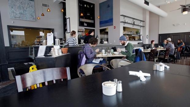 Wintry weather in U.S. hit restaurants