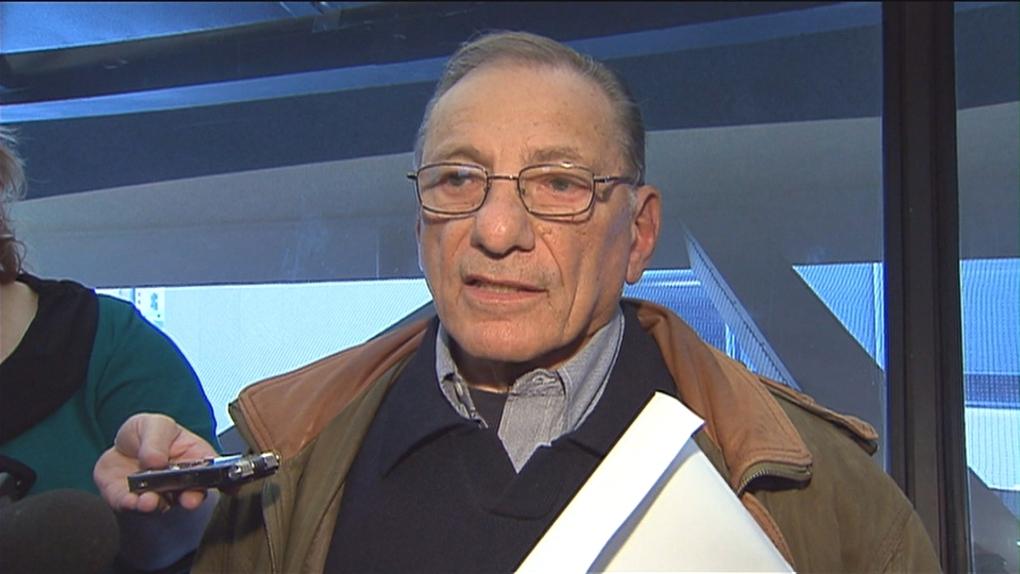 Former councillor Norm Gardner running for mayor