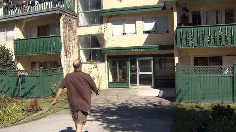 Tenants at Surrey's Kwantlen Park Manor say their landlord has done nothing about mould and persistent leaks. Sept. 6, 2011. (CTV)