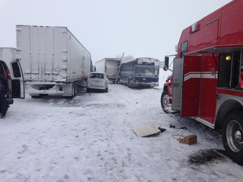 A multi-vehicle collision closed the westbound Highway 401 at Culloden Road near Ingersoll, Ont. on Wednesday, Feb. 5, 2014. (Gerry Dewan / CTV London)