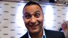 Russell Peters arrives at the Gemini Awards in Toronto on September 7, 2011. (Chris Young / THE CANADIAN PRESS)