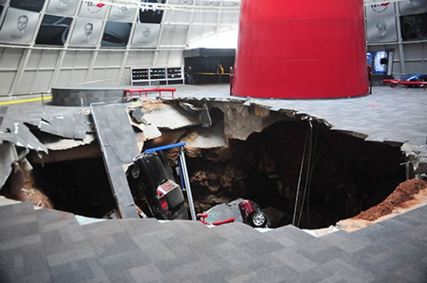 Cars fall into sinkhole at Corvette Museum