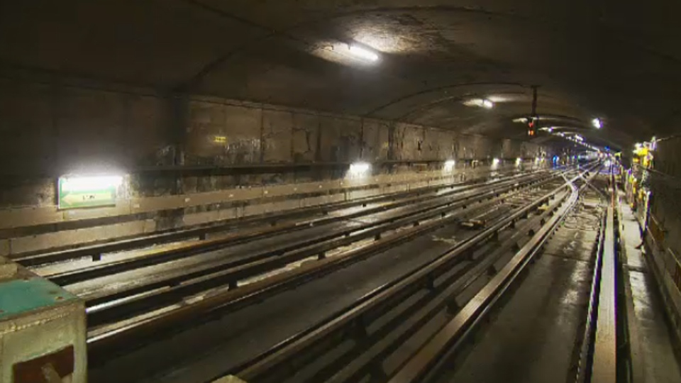 Inside an STM metro tunnel (Feb. 13, 2014)
