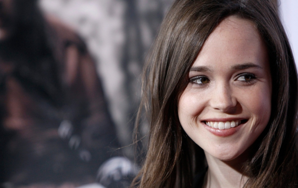 Many big names in Hollywood have sent messages of praise to Ellen Page, the Canadian actress who on Friday announced that she is gay. (AP / Matt Sayles)