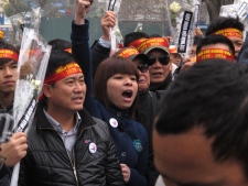 Anti-China protestors rally in Vietnam