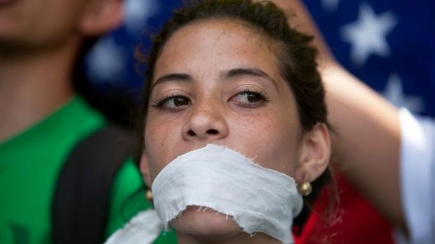 Venezuela protesters government censorship