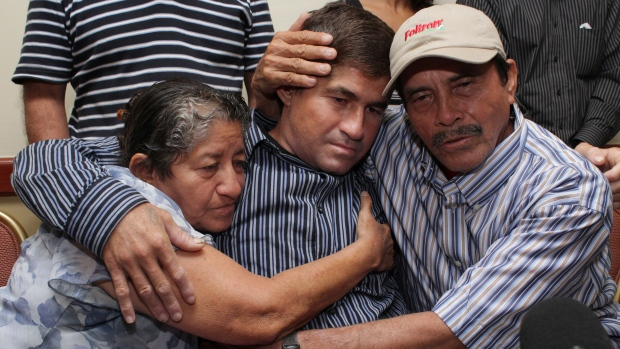 Salvadoran sea survivor leaves hospital
