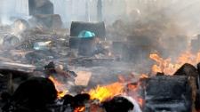 Ukraine's president announces truce with oppositio