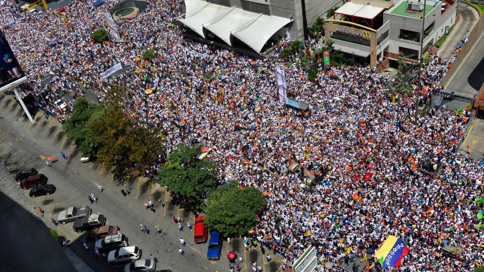 Anti-government protestors gather for a rally in Caracas, Venezuela, Saturday, Feb. 22, 2014. (AP / Carlos Becerra)