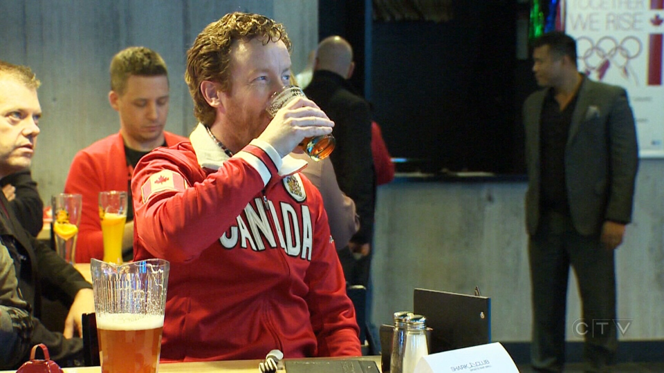 Canadian hockey fans are gearing up for an early morning start on Sunday to see Canada face off against Sweden in the men's gold medal final in Sochi, with bars opening up early across the country.