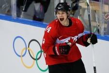 Canada scores Chris Kunitz