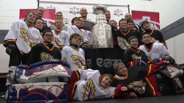 Minor hockey team parties with Stanley Cup
