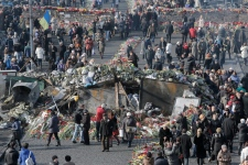 Protests continue in Kyiv
