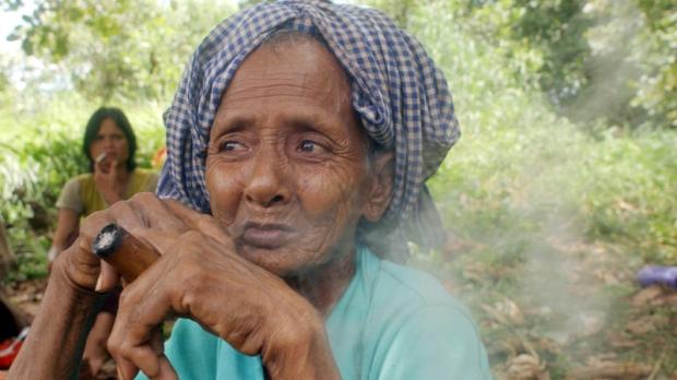 Smoking in Rattanakiri province, Cambodia