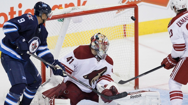 Jets beat Coyotes in shootout