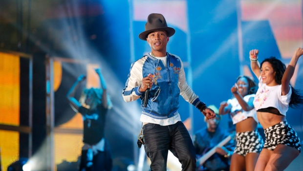 Pharrell Williams rocks Oscars' music rehearsals