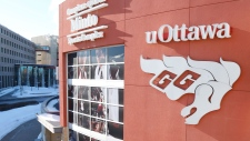 U of O suspends men's varsity hockey program