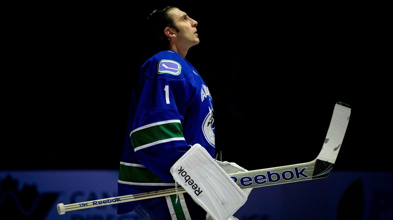 End Of An Era Canucks Roberto Luongo Traded To Florida Panthers