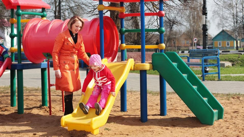 Traditional playgrounds may stifle creativity