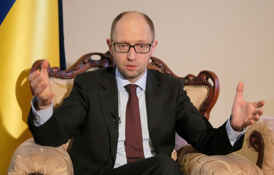 Ukrainian Prime Minister Arseniy Yatsenyuk talks with reporters during an interview with the Associated Press in Kyiv, Ukraine, Wednesday, March 5, 2014. (AP / Efrem Lukatsky)