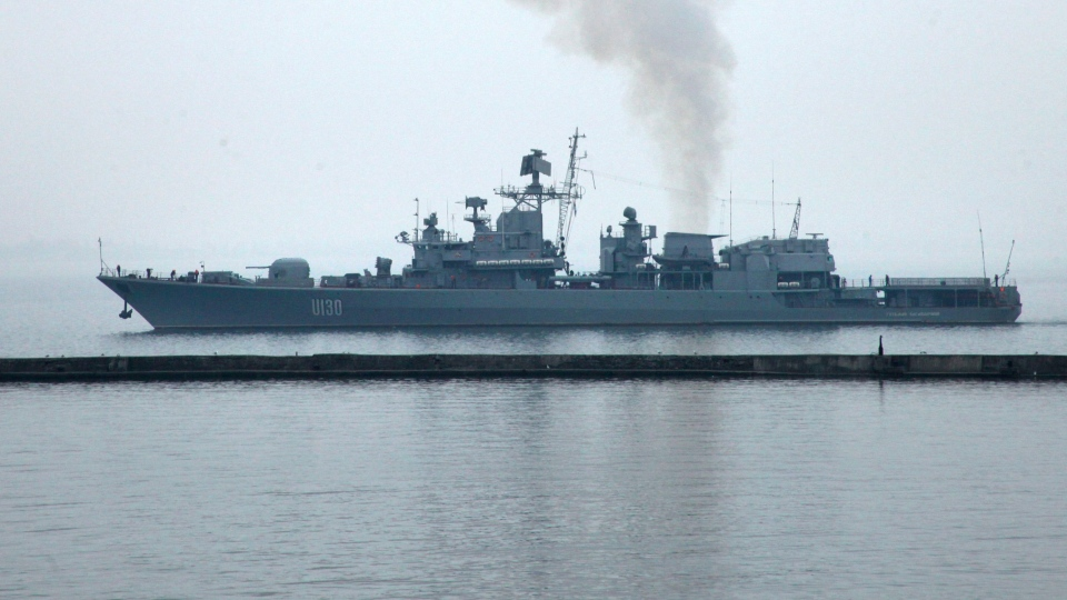 Ukraine frigate Hetman Sahaydachy enters waters of the Black Sea port of Odessa, Ukraine, Thursday, March 6, 2014. The Hetman Sahaydachny returned to Odessa in the Black Sea after taking part in NATO exercises. (AP / Sergei Poliakov)