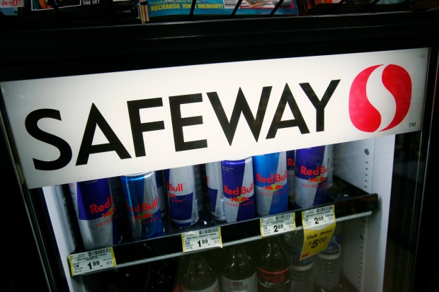 Safeway Agrees To Sell Company To Cerberus Capital For At Least