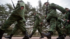 Russia reinforces its military presence in Crimea