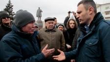 Ukraine PM won't give up territory