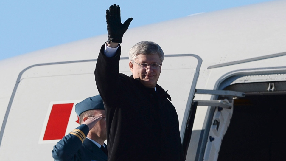 Prime Minister Stephen Harper departs Ottawa on Sunday, March 9, 2014., on route to South Korea. (Sean Kilpatrick / THE CANADIAN PRESS)