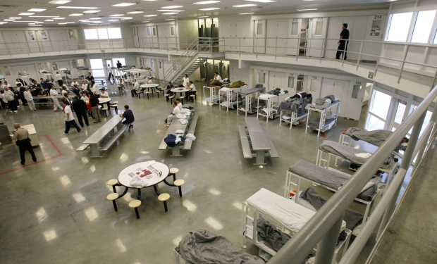 Immigrant Detainees Stage Hunger Strike At U S Detention