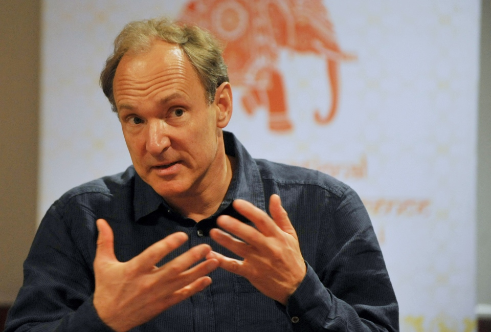 British computer scientist and inventor of the World Wide Web, Tim Berners-Lee, addresses a press conference at the 20th International World Wide Web Conference at Hyderabad International Convention Centre (HICC) on March 31, 2011. (AFP PHOTO / Noah SEELAM)