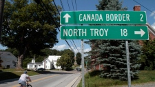 bridge to us, canadian border