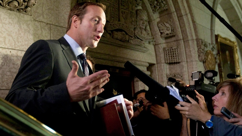 Ethics commissioner says MacKay's holiday may have breached ethics rules
