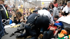 Wall Street protests continue in spite of arrests