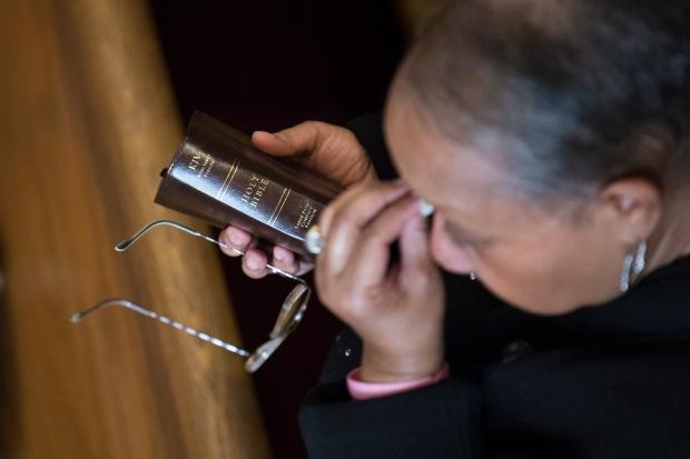 NYC church service mourns blast victims