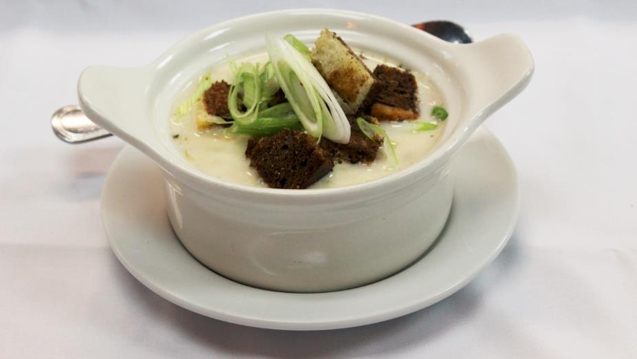 Traditional Irish comfort food recipe: Corned beef chowder.