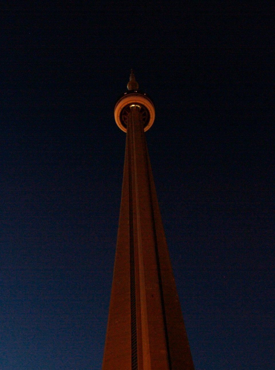 The CN Tower during Earth Hour, Saturday, March 29, 2008. THE CANADIAN PRESS/J.P. Moczulski