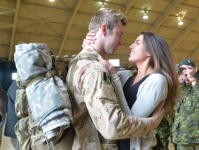 Canadian soldiers arrive home from Afghanistan
