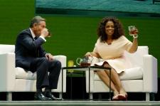 "Howard Schultz and Oprah unveil ""Oprah Chai"" tea"