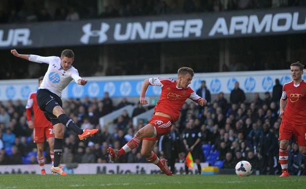 Tottenham beats Southampton 3-2