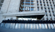 Ukrainian troop pullout in Crimea over annexation