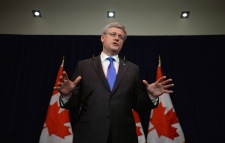 PM Harper urges expulsion of Russia from G8
